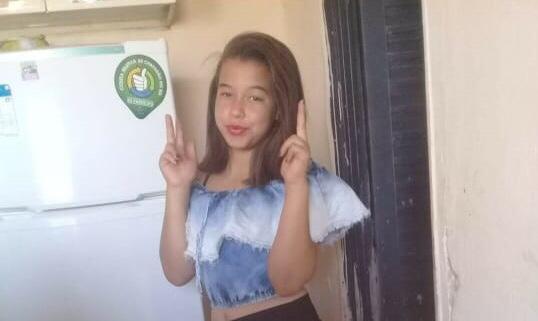 Corpo de adolescente de 13 anos é encontrado enterrado em lavanderia de traficante