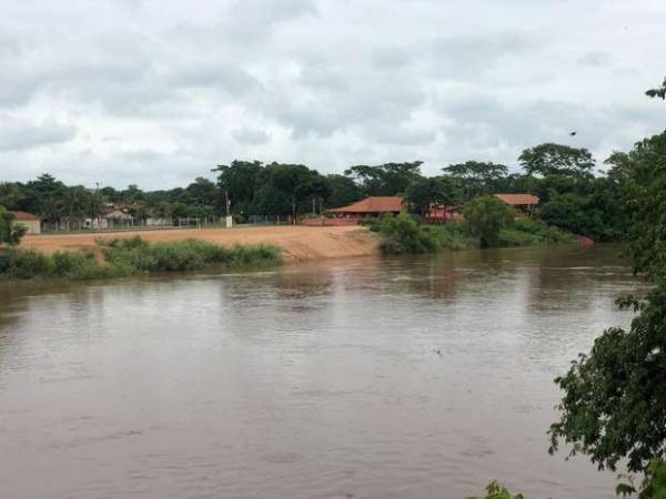 Nível do rio Aquidauana volta a subir e Defesa Civil permanece em alerta no município