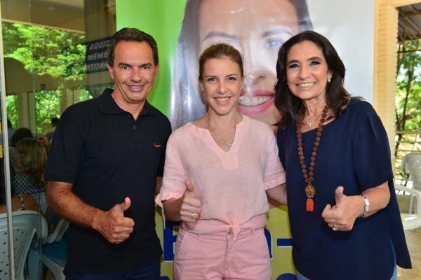 Prefeito da Capital, Marquinhos Trad, e subsecretária Carla Stephanini, prestigiaram evento com Viviane em Aquidauana (Divulgação)