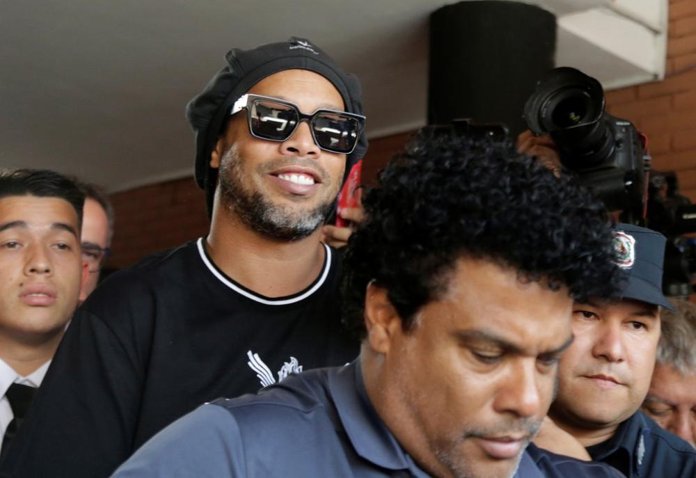 Por caso de Ronaldinho, diretor de migração do Paraguai renuncia ao cargo