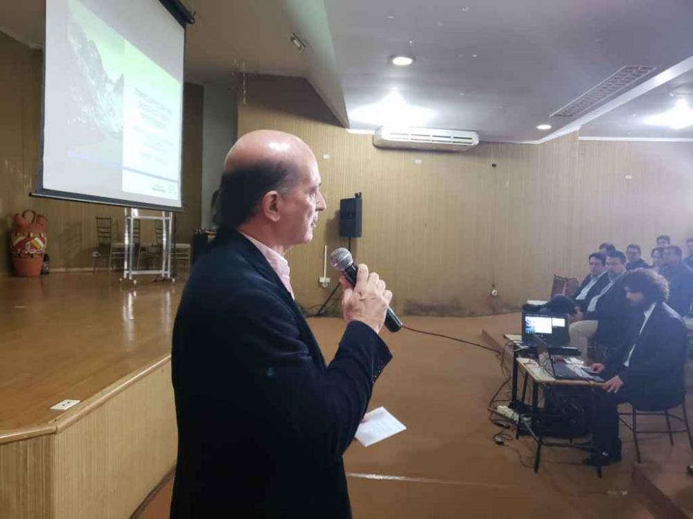 Ministro João Carlos Parkinson de Castro esteve nesta quarta em Dourados.(Foto: Marcos Morandi, Midiamax)