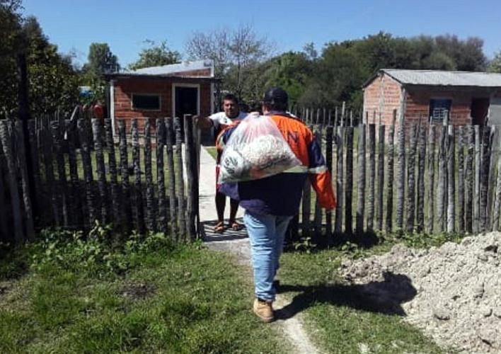 Puerto Casado recebe kits de alimentos em casa para evitar aglomerações
