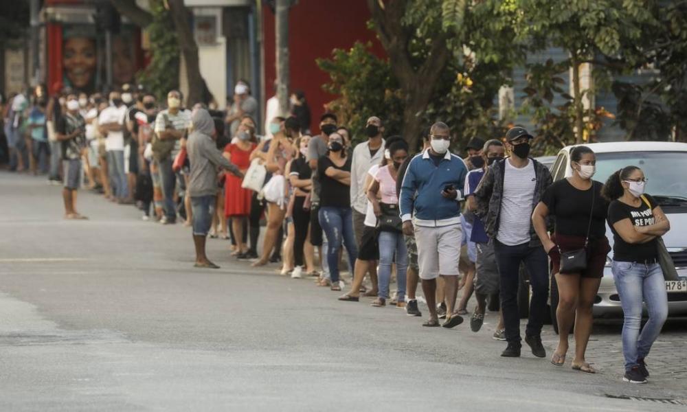 Auxílio emergencial: Além de militares, jovens de classe média e servidores receberam indevidamente