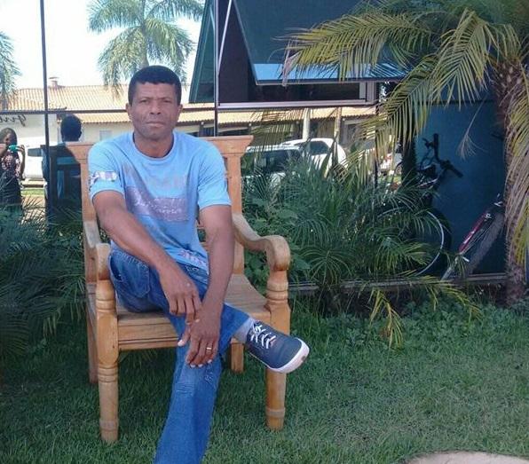 Veronil Pereira da Rocha se apresentou a polícia nesta manhã (Foto: Chapadense News)
